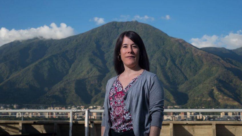 """Entrevista   Verónica Zubillaga: """"Con la actuación de las FAES hay una maquinaria de"""